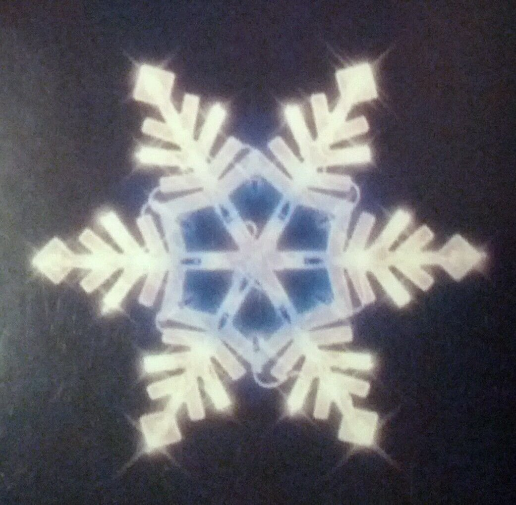 Lighted Christmas Window Decoration Snowflake White